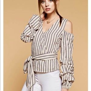 Cold shoulder stripe top